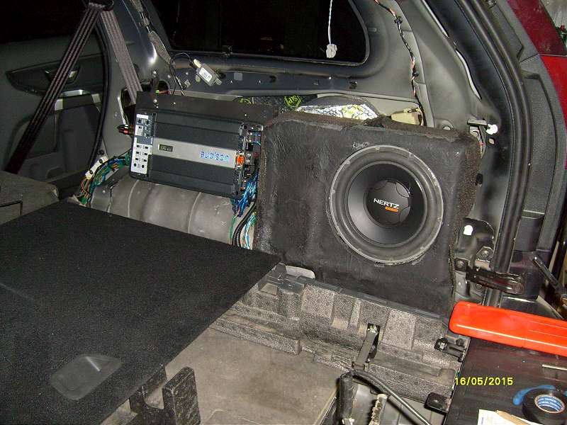 установка сабвуфера в volvo xc90